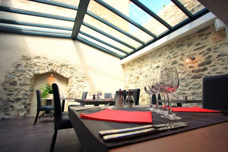 Profiter d\'un déjeuner à l\'ombre d\'une terrasse. | SARL In ...
